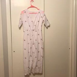NWOT size M Yumi Kim embroidered midi dress